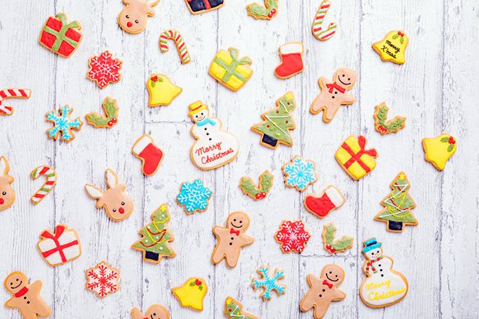 クリスマスをテーマにしたいろいろなアイシングクッキー